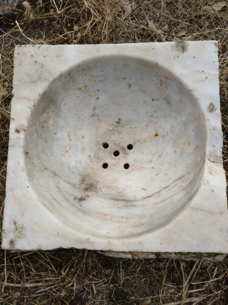 Pila de mármol cuadrada de un seno 7.